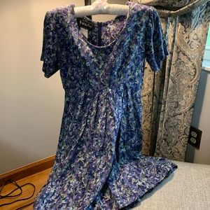 All That Jazz rayon Junior dress. Great condition!